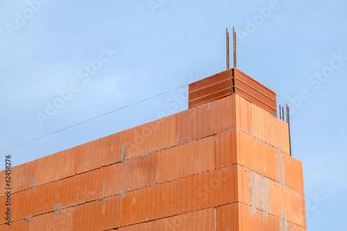 Construction maison brique rouge photo libre de droits for Construction maison brique