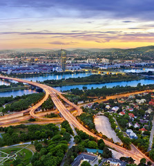 Foto op Aluminium Wenen Vienna with the Danube River, Danube Island and highway junction