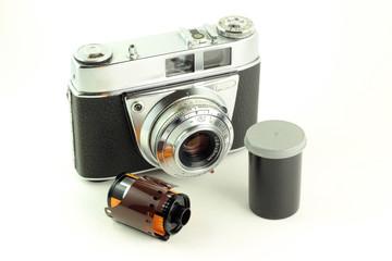 Vecchia fotocamera con pellicola
