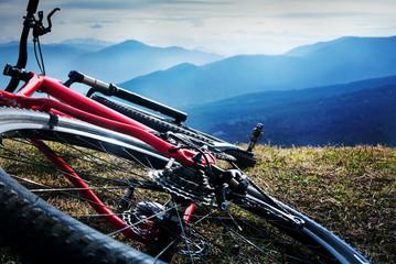 Zelfklevend Fotobehang Bergen cycling in mountains
