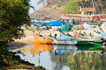 Image of fishermen coming back to Baga, Goa, India