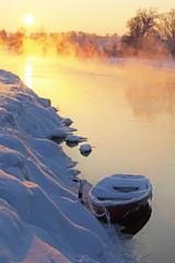 Wall Mural - Winter sunset with boat. Зимний закат с лодкой