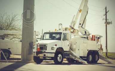 Repairing power electricity outage