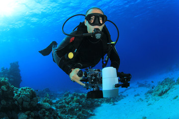 Underwater Photographer scuba diving