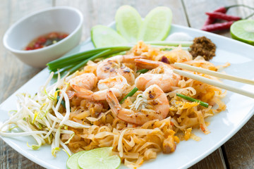 Pad Thaï, stir-fried rice noodles,Thaïlande
