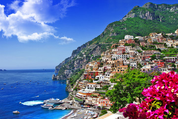 Fotorolgordijn Donkerblauw beautiful scenery of amalfi coast of Italy, Positano.