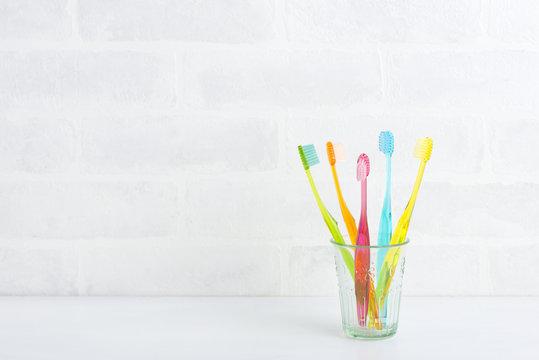 歯ブラシ カラフル