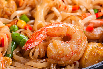 Noodles with tiger shrimp