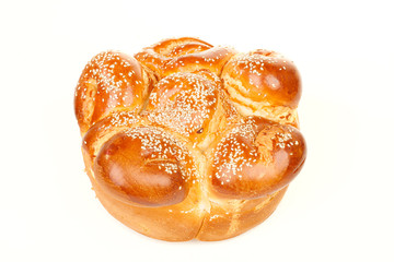 The single round sabbath challah with seed