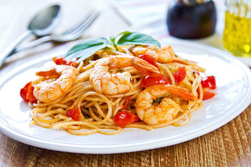 Spaghetti with prawn and tomato Wall mural
