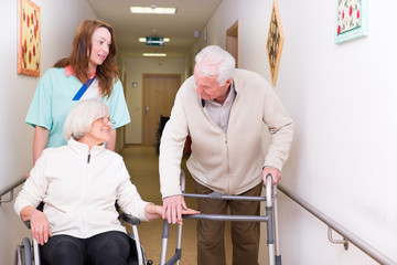 Senioren im betreuten Wohnen