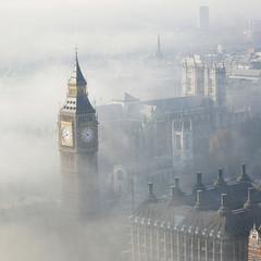 LONDYN WE MGLE