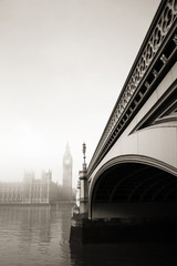 Wall Mural - Palace of Westminster in fog