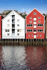 Speicherhäuser in Trondheim am Nidelv