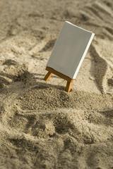Malen am Strand auf einer Leinwand