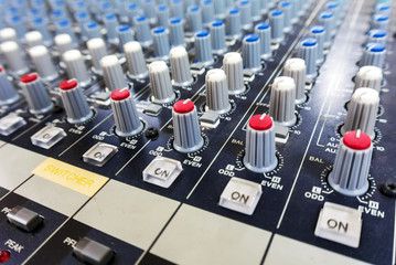 Button Sound Mixer powerful .