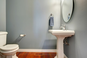 Simple grey bathroom