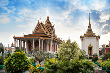 Silver Pagoda, Royal Palace, Phnom Penh, No.1 Attractions in Cam