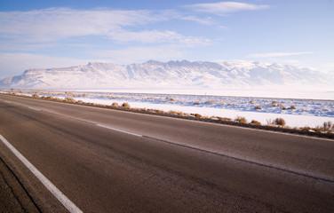 Wall Mural - Lonesome Road Winter Freeze Utah Mountain Highway Salt Flats