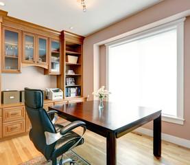 Simple yet elegant office room interior