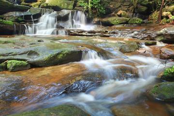 Fotobehang - Waterfalls and little stream Australia