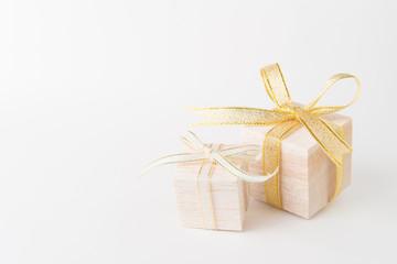 木のプレゼントボックス