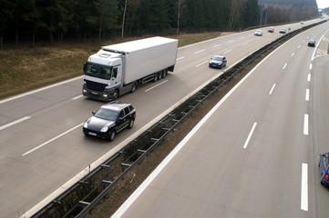 Fototapete - Lastwagen Überholung