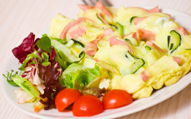 omelet with ham and zucchini