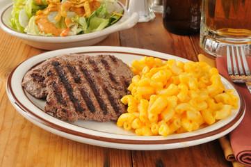 Cube steak dinner