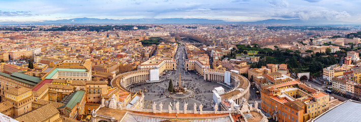 Stores à enrouleur Rome Saint Peter's Square in Vatican and aerial view of Rome