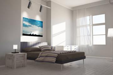Schlafzimmer mit Leinwand über Bett