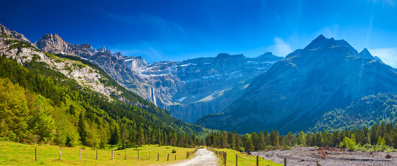 Aluminium Prints Mountains Pyrenees mountains