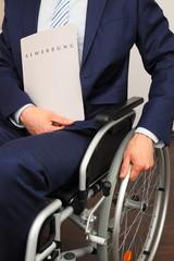 Bewerber im Rollstuhl