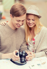 couple with photo camera