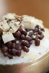 adzuki-bean ice dessert
