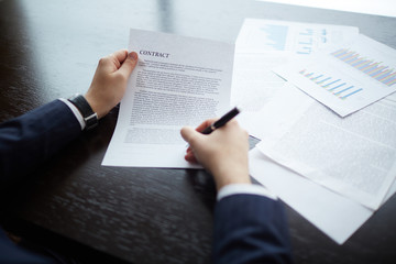 Making business agreement