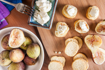 Goats cheese and figs
