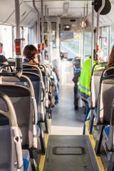 im Linienbus