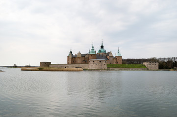 Kalmar castle by the sea