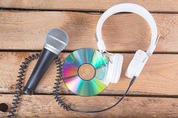 microphone and cd