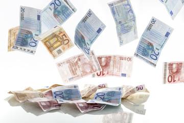 fliegende Geldscheine Banknoten