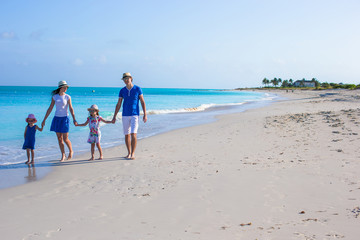 Poster Zanzibar Happy family with two kids on summer vacation