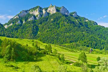 Obraz The Three Crowns massif in The Pieniny Mountains range. - fototapety do salonu