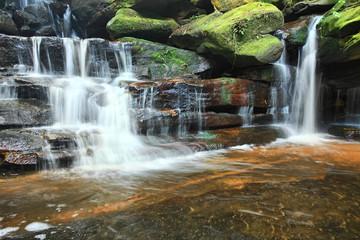 Fotobehang - Somersby Waterfalls Australia