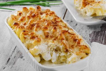 pasta casserole cheese white sauce