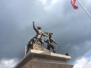 Yahya Çavuş Anıtı ( Türkiye)