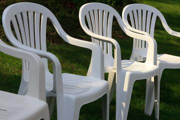 Białe Plastikowe Krzesła