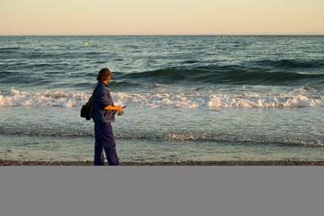 Marbella plaża zachód tło wakacje żółty słońce parasol