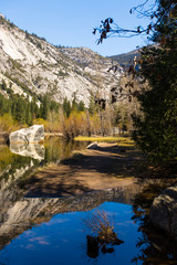 Fototapete - Mirror Lake im Yosemite National Park, USA