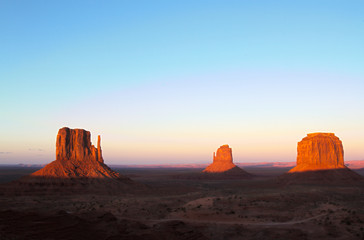 Monument Valley Mittens Wall mural